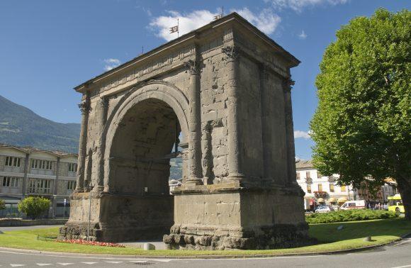 Aosta e l'area megalitica