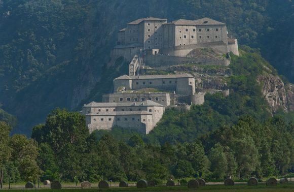 La Valle d'Aosta, i suoi castelli e il Forte di Bard