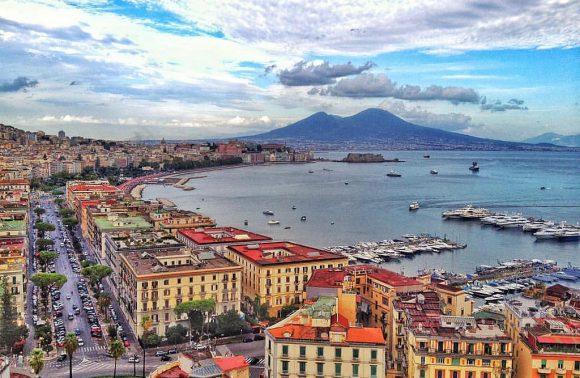 Napoli, Vesuvio e rovine romane