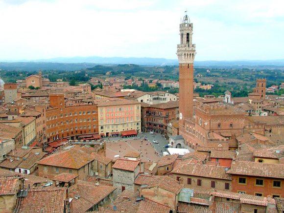 Siena, San Gimignano e il Volterrano
