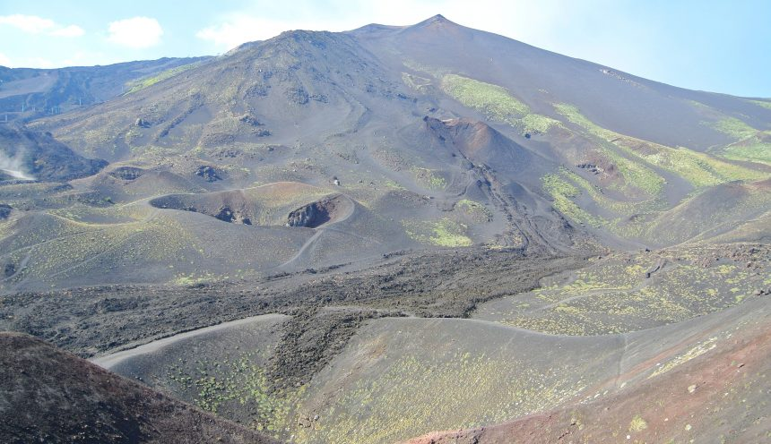 Viaggio di istruzione e turismo scolastico in Sicilia: escursione sull'Etna