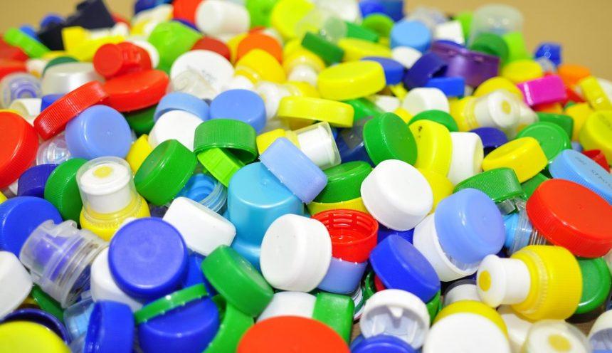 progetto formativo riciclaggio plastica