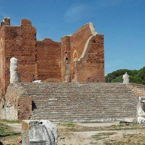 Ostia Antica: vita quotidiana, cultura e società